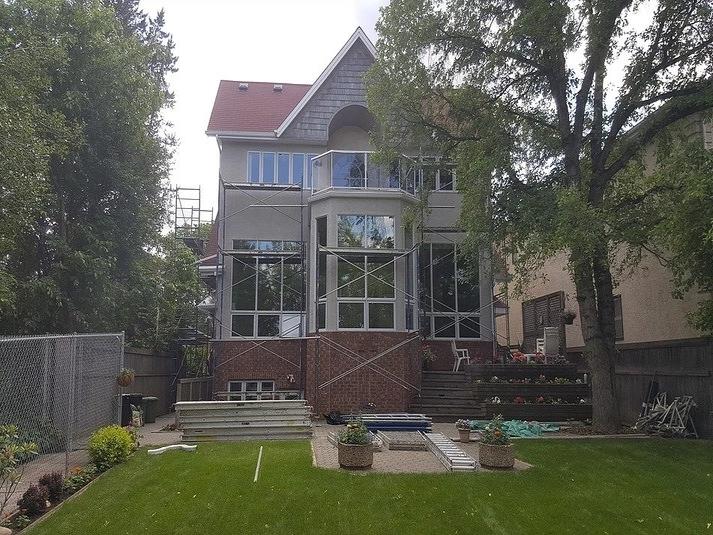 Stucco-restoration-Contractor-Edmonton